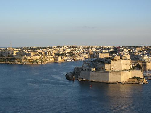 Apprendre l 39 anglais sous le soleil de malte a vous tente - Coup de soleil en anglais ...